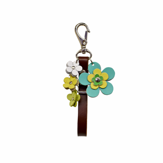 Picture of leather flowers keychain